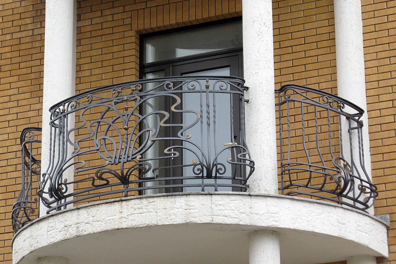 Кованые ограждения балконов, веранд киров.