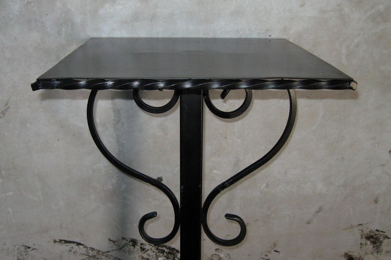 Как изготовить своими руками столик на кладбище